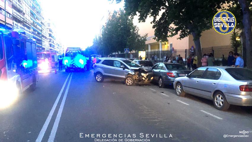 AionSur: Noticias de Sevilla, sus Comarcas y Andalucía policia-atropello Dos mujeres heridas graves tras ser embestido su coche por un conductor que quintuplicó alcoholemia Sucesos destacado