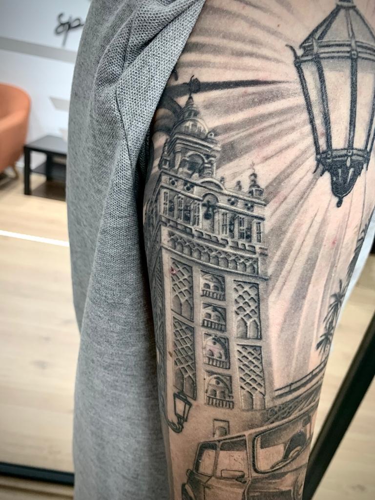 Tatuajes, dibujos en la piel que se suman a las líneas de vida