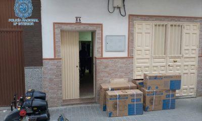 Detenidos 'in fraganti' por robos en naves industriales de La Red y Store en Sevilla