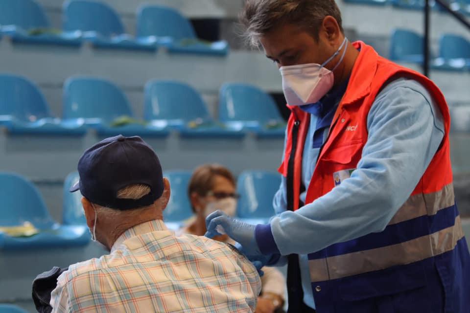 Alcalá de Guadaíra habilita un nuevo punto de vacunación climatizado para el verano